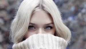 Οι έγχρωμοι φακοί επαφής διατίθενται για κοσμητική χρήση σε υγιείς οφθαλμούς.