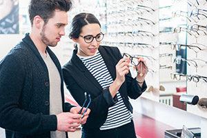 Οδηγός αγοράς φακών επαφής και γυαλιών